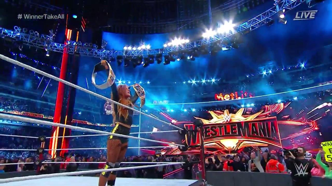 В сеть попали фото титула чемпиона WWE Universal (фото) - Новости ... | 720x1280